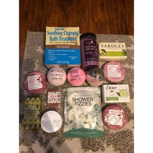 Moving sale! Huge Bath and Body Lot of 14 Items!
